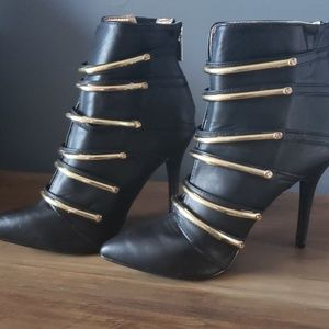 Dollhouse Black & Gold Booties